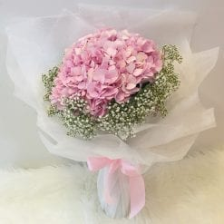 Forever Young – Hydrangea Bouquet