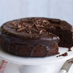 Triple chocolate fudge vegan cake - Whyzee Birthday Cake Delivery
