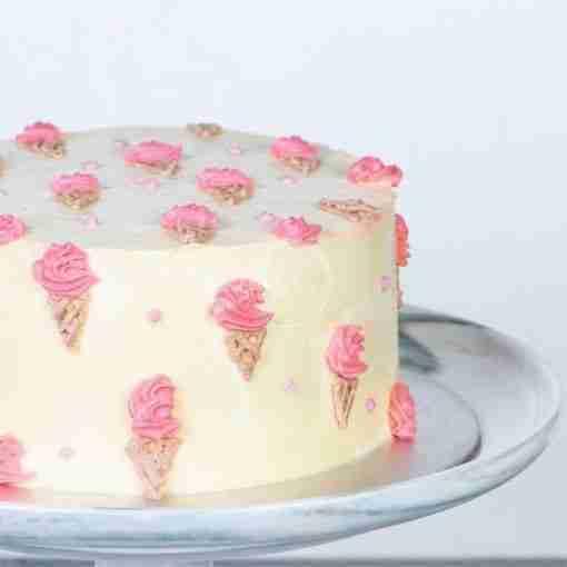 minimalistic ice cream cake side