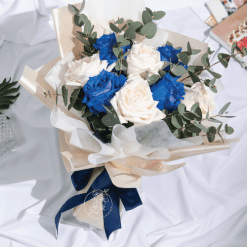 Fantasy - Blue and white rose bouquet