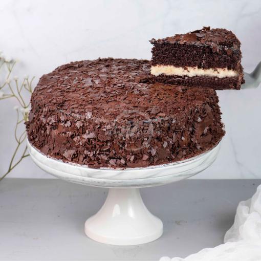 d24 chocolate fudge cake slice