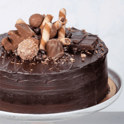 triple chocolate fudge cake side