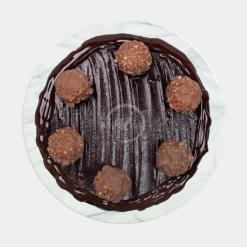 triple chocolate fudge drip cake top