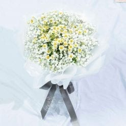 All Smiles - Baby Breath Daisy Bouquet