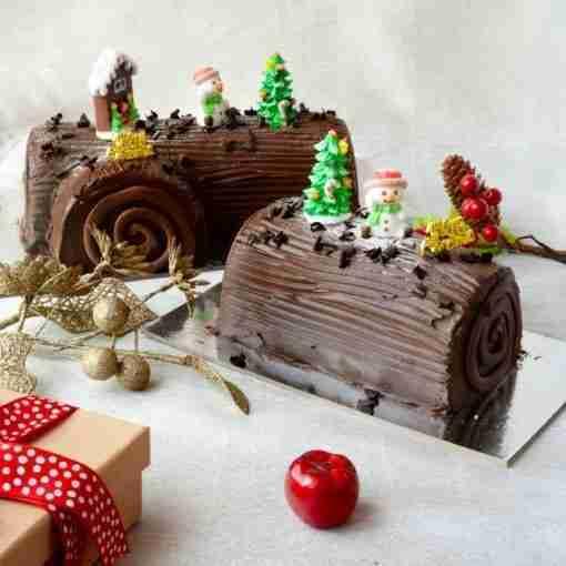 Royal Chocolate Log Cake